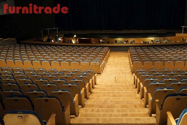 Музыкальный театр Премьера г. Краснодар. Кресла Леонард производителя Фурнитрейд