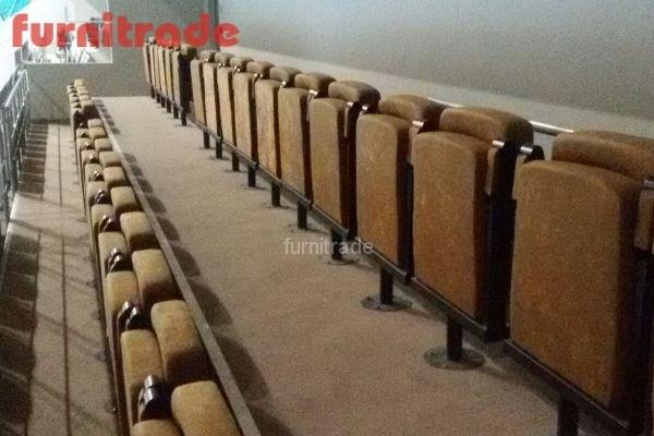 Кресла Уно для стадионов от производителя Фурнитрейд в Казани