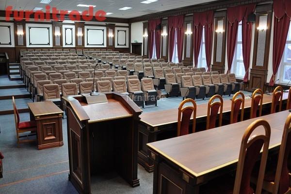 Конференц кресла Спутник от производителя Фурнитрейд в актовом зале суда г. Иваново