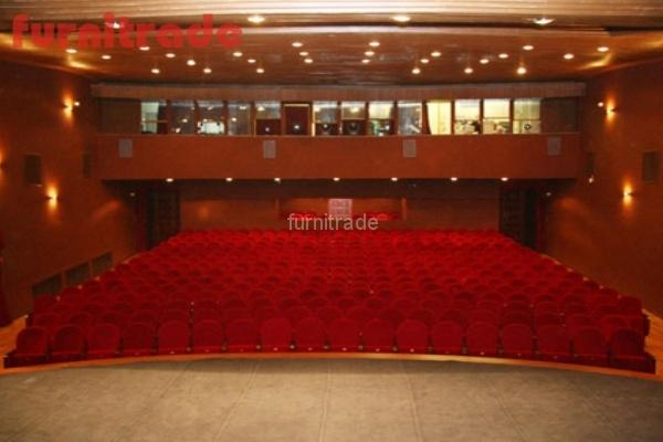 Театральные кресла в Театре Кукол в Краснодаре от Фурнитрейд