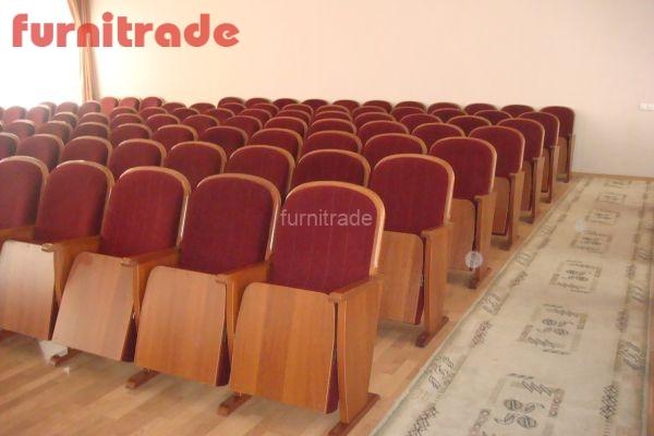 Кресло для залов Классика производства фабрики Фурнитрейд