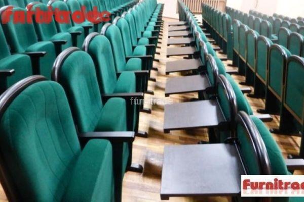 Конференц кресло Текс от Фурнитрейд с пюпитром в МБУ