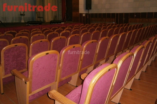 От производителя театральные кресла Классика в ДК Жарковский