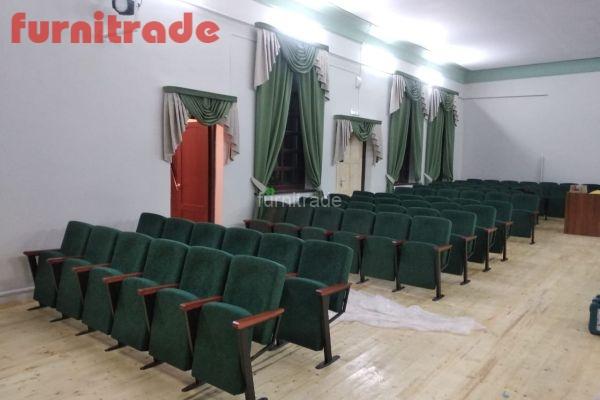 Кресла производства Фурнитрейд в п.Советский