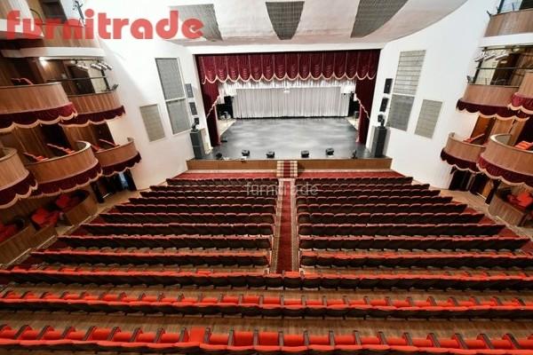 Театральные кресла Венеция от производителя Фурнитрейд в Филармонии г. Майкоп