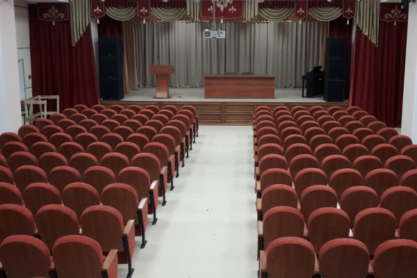 Актовый зал школы г. Арск