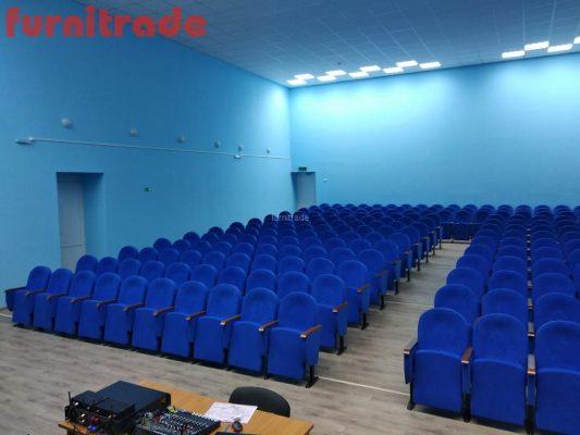 Театральные кресла Примэк в ДК с. Тюльпаны от производителя Furnitrade