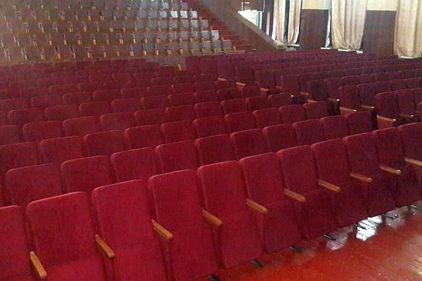 Театральные кресла Мега -Д в ст. Петровской от Фурнитрейд